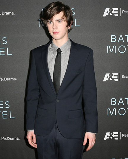 freddie-highmore-fotos