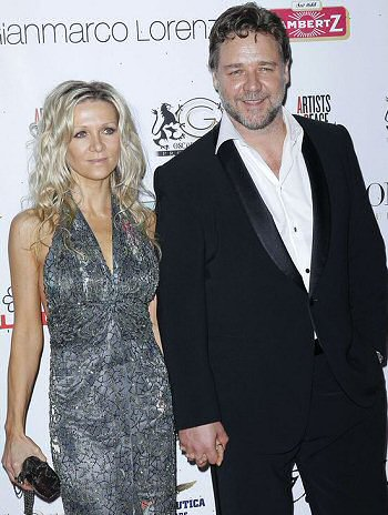 russell-crowe-mujer-fotos