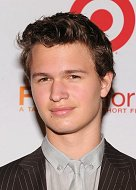 Ansel Elgort con Edgar Wright – Zooey Deschanel embarazada