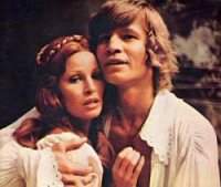 michael york raquel welch musketeers mosqueteros fotos pictures