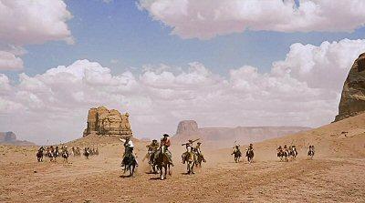 centauros-del-desierto-searchers-foto-review