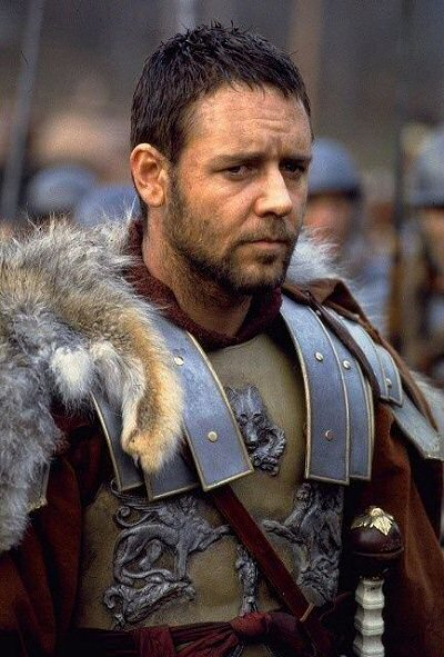 gladiator-russell-crowe-critica