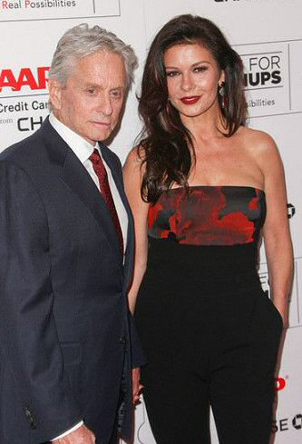 michael-douglas-catherine-zeta-jones-foto