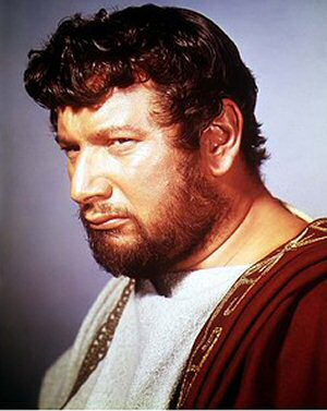 This image has an empty alt attribute; its file name is peter-ustinov-espartaco.jpg