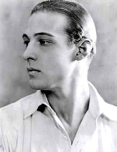 rodolfo-valentino-foto-biografia