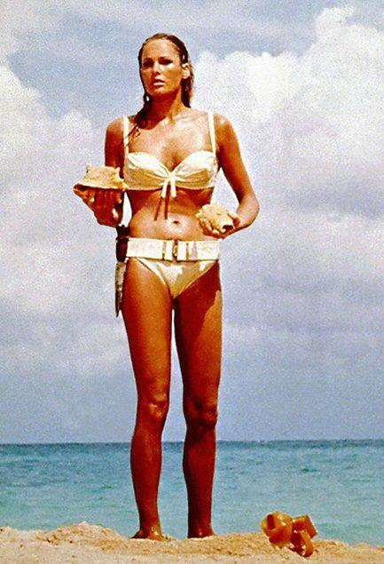 ursula-andress-bikini-foto