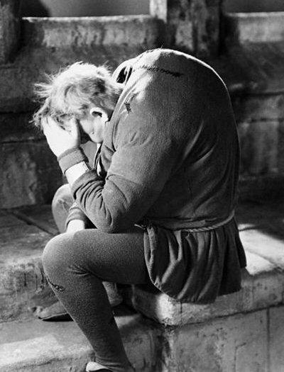 charles-laughton-jorobado-notre-dame-review