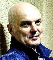 robert-wilson-escritor-foto-biografia