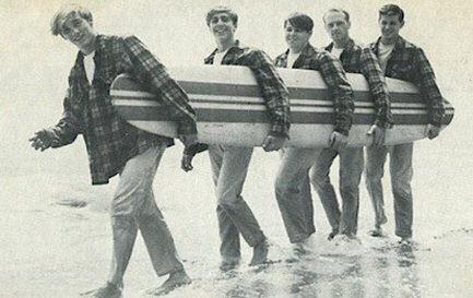 beach-boys-surfer