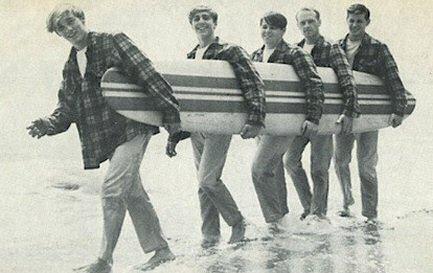 beach-boys-surfer