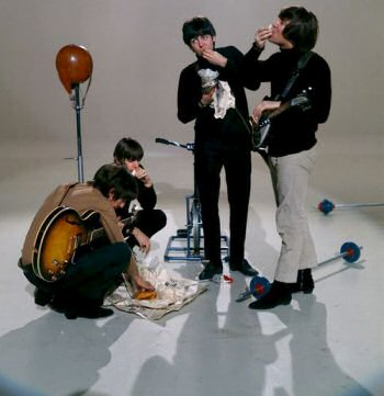 the-beatles-1966