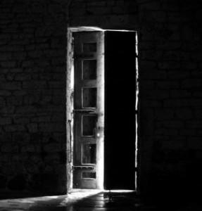 relato-carta-puerta