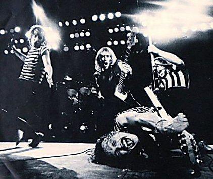 scorpions-blackout-foto-critica