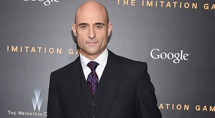 mark-strong-en-shazam-noticias
