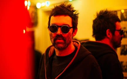 eels-deconstruction-critica