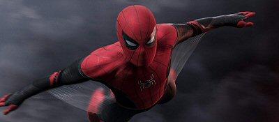 spiderman-stan-lee-adaptacion-lejosdecasa