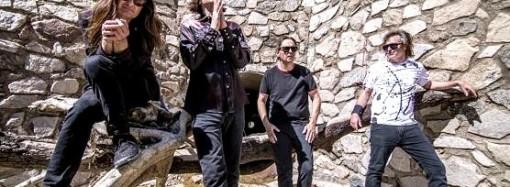 redd-kross-review-critica-2019-beyond-the-door-album