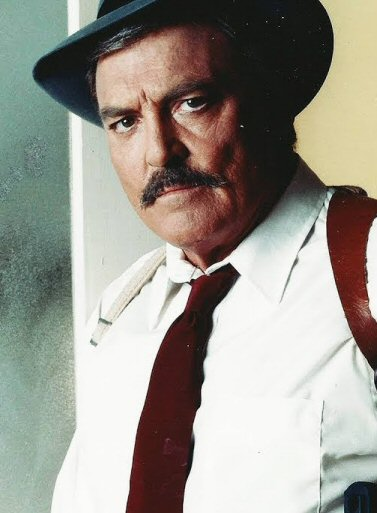 stacy-keach-mike-hammer-fotos