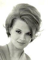 angie-dickinson-foto-biografia