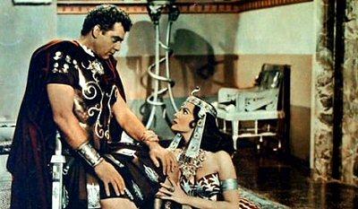 serpiente-nilo-rhonda-fleming-cleopatra-review-fotos