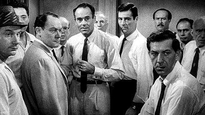 doce-hombres-sin-piedad-review-movie-fotos