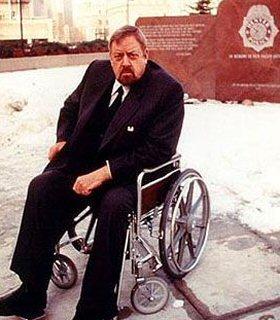 ironside-teleserie-detective-silla-de-ruedas