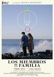 miembros-familia-cartel-cine-argentino-sinopsis