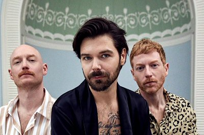 biffy-clyro-album-review-critica-celebration