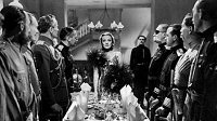 la condesa alexandra marlene dietrich movie review fotos pictures knight without armour