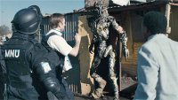 district 9 movie review fotos pictures