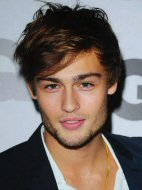 Douglas booth fotos images pictures filmografía Movies peliculas biografia biography