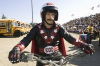 hot rod movie Andy samberg fotos pictures flipado sobre ruedas