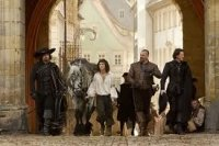 the three musketeers movie review fotos pictures